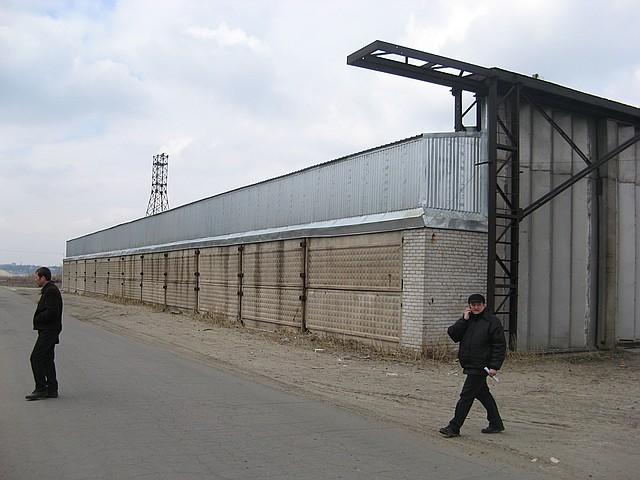 Строительство зернохранилищ в Луганске