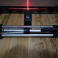 Лазерный уровень,нивелир bosch pcl 20+штатив