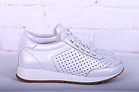 Белые женские кроссовки с перфорацией, фото 1