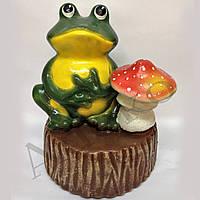 Садовая фигура Лягушка на пеньке с грибом