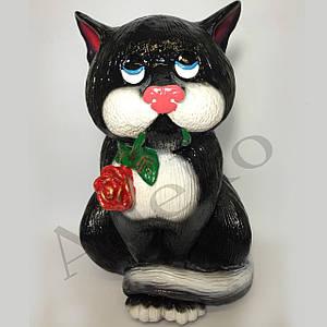 Садова фігурка Кіт з трояндою 40 см
