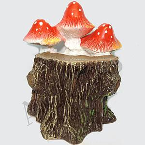 Садовая фигура Пенек с грибами 37 см