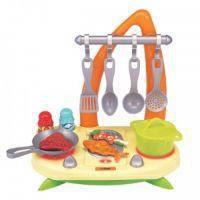 Детская электронная мини-кухня RED BOX со светом и звуковыми эффектами (22720)