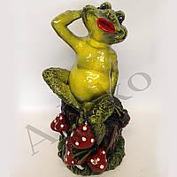 Садовая фигура Лягушка на пеньке 35 см