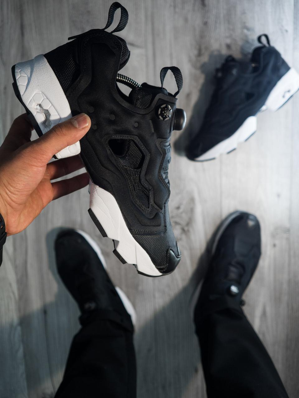 Мужские кроссовки Reebok Insta Pump Fury Черные белая подошва (реплика) -  Магазин одежды и 94112b56c15