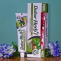 """Антибактериальная зубная паста """"Ним"""", 150 г + зубная щетка в подарок, производитель Дабур"""""""