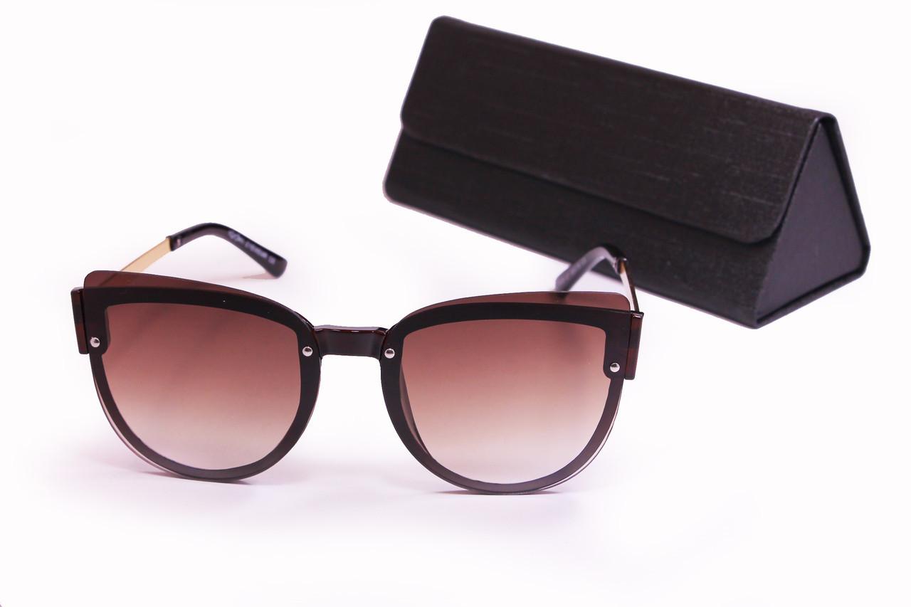 Солнцезащитные женские очки с футляром F8151-1