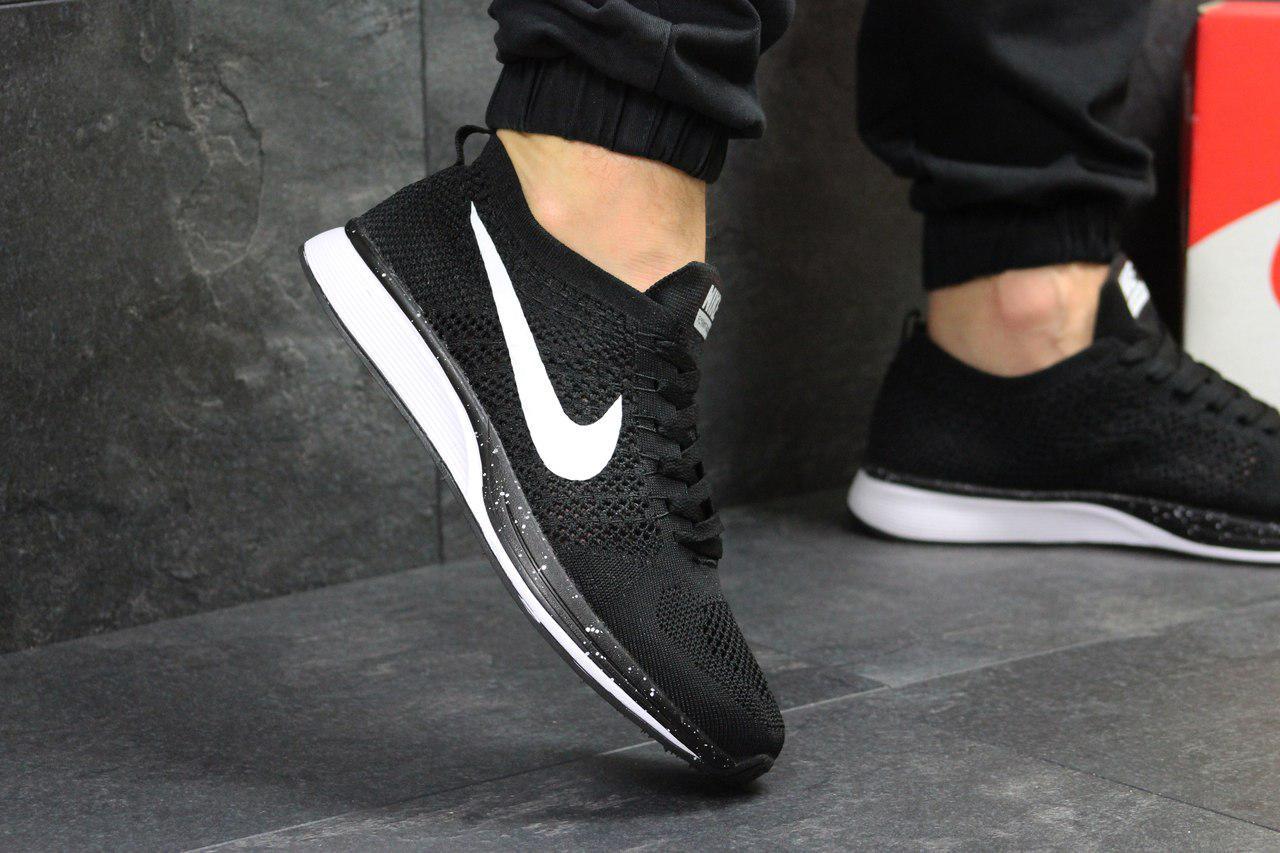 Кроссовки мужские Nike Flyknit Racer (черно-белые), ТОП-реплика