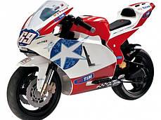 Детский мотоцикл Peg Perego Ducati GP Limited Edition 24V на резиновых колесах, мощность 350W, фото 2