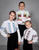 Блузка с вышивкой (вышиванка) для девочки