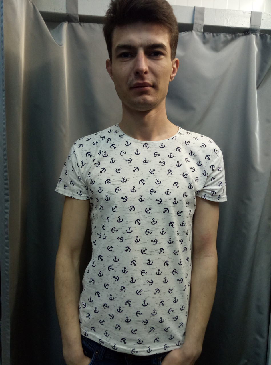 272bfa59edcce Светлая мужская футболка с рисунком в якоря: продажа, цена в ...