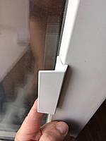 Ручка балконная (курильщика) белая