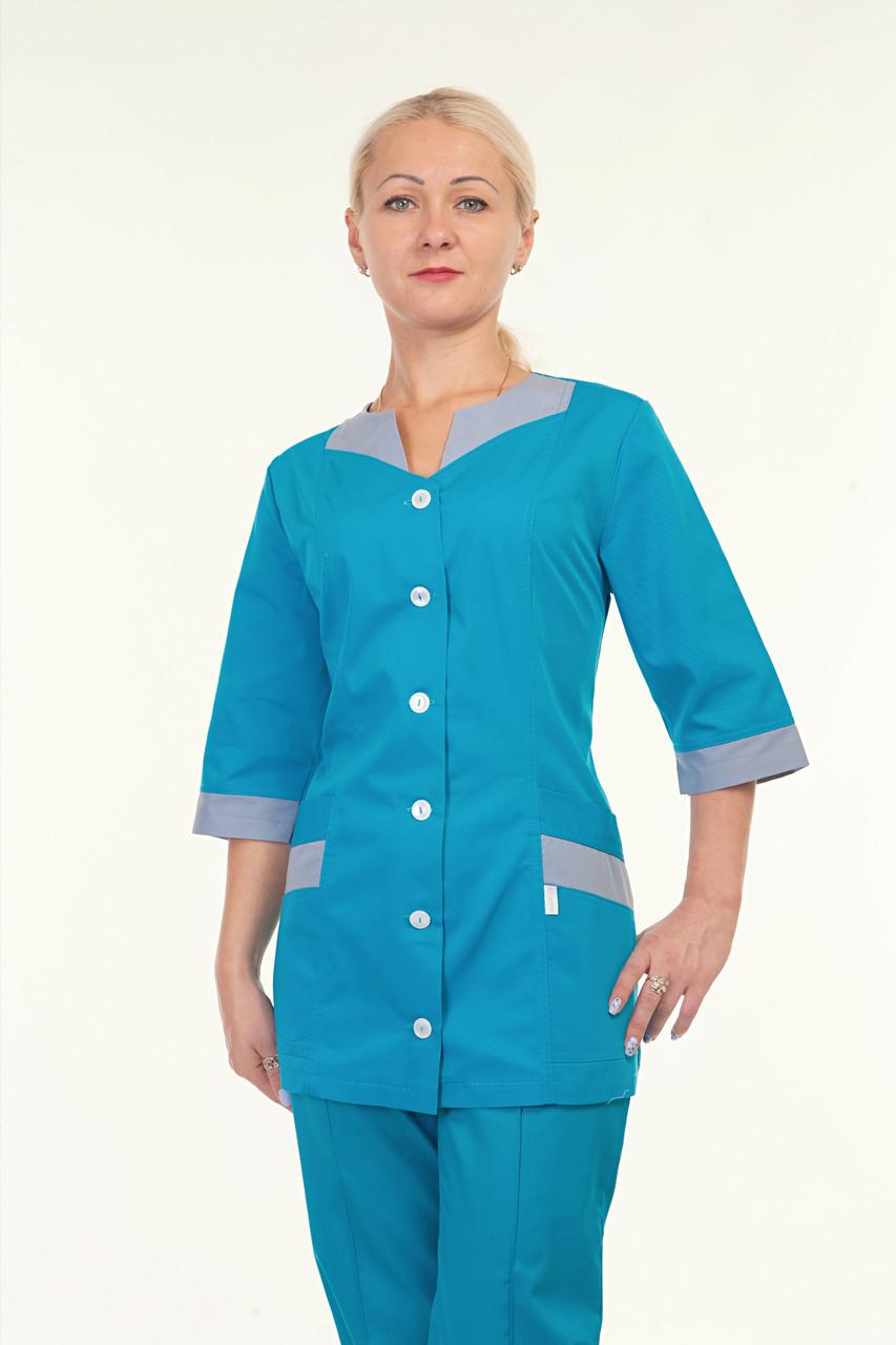 Медицинский женский костюм однотонный с оригинальным воротником
