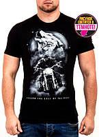 Классная мужская футболка с светящимся рисунком от производителя