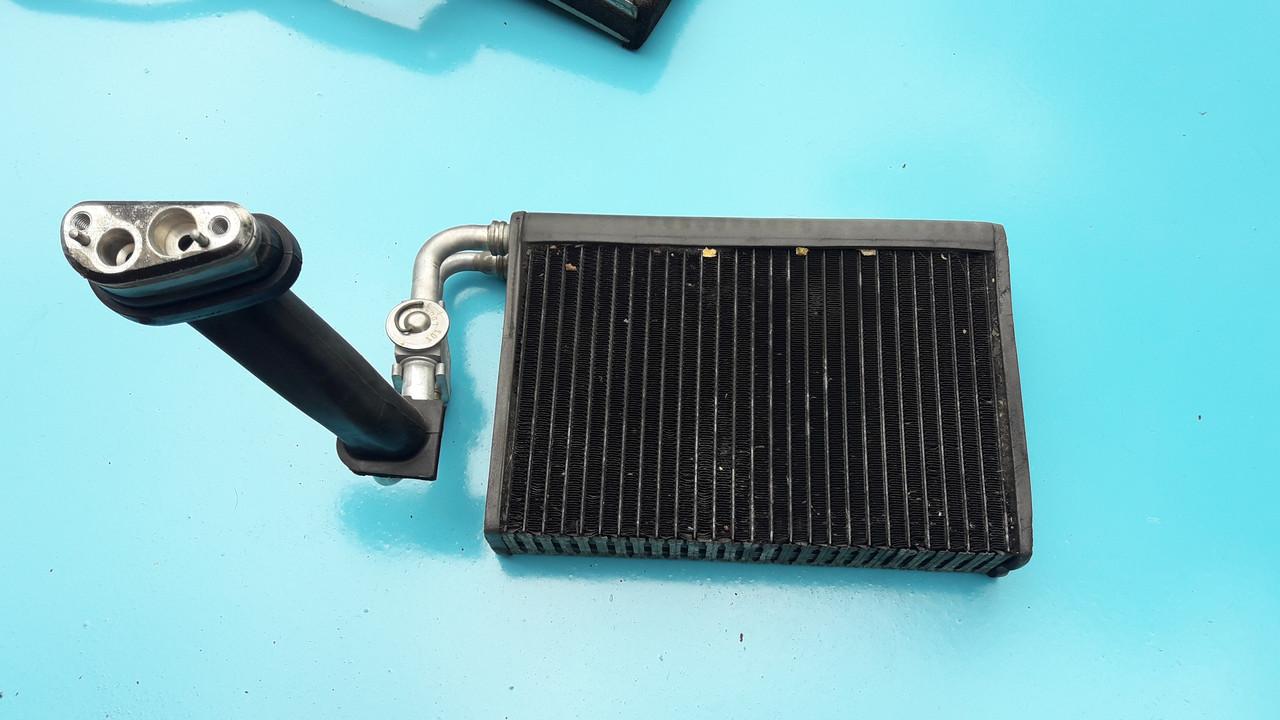Радиатор испаритель кондиционера бмв е39 е53 BMW E39 E53 64118385560 641183855609