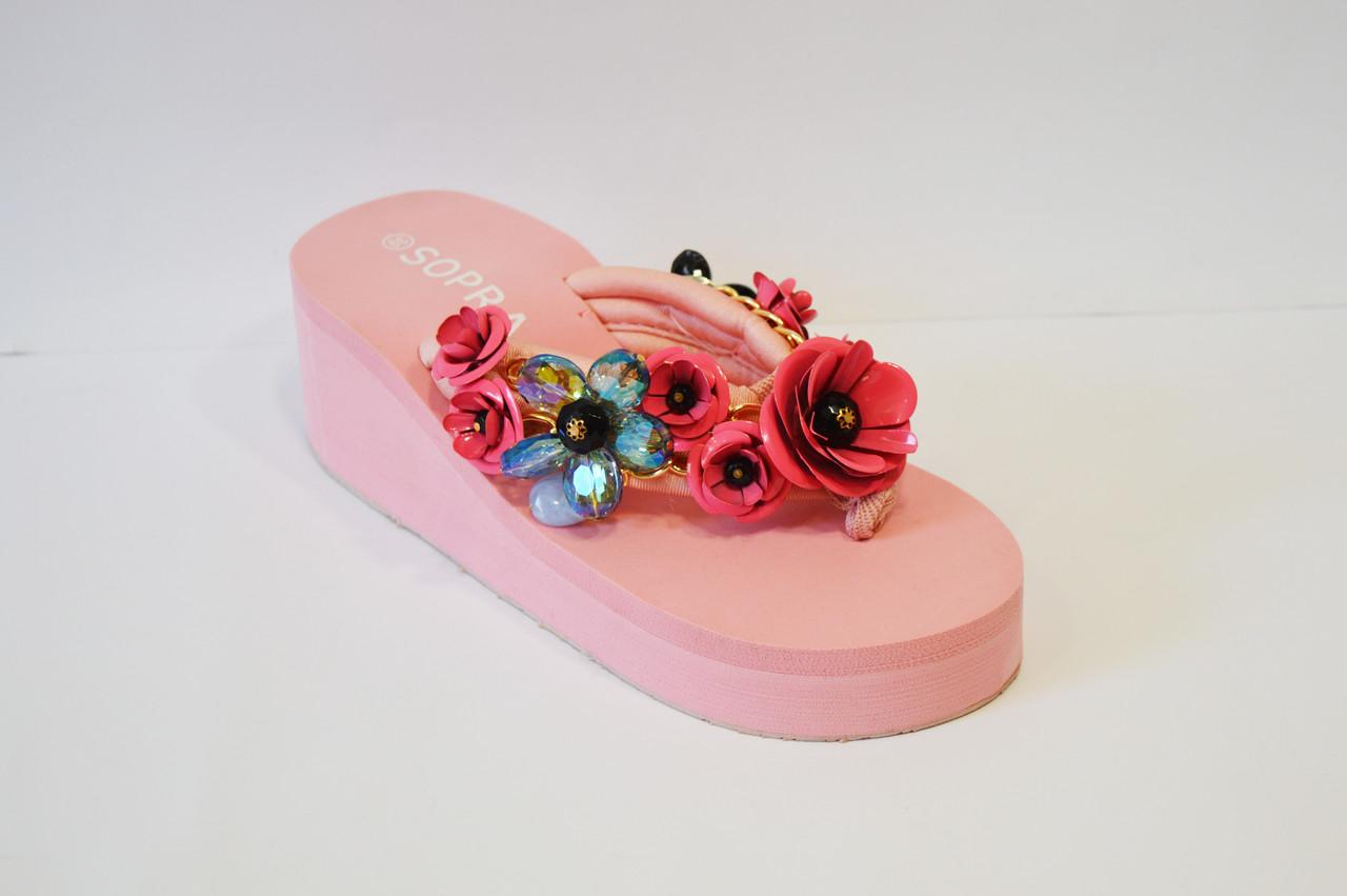 Розовые вьетнамки с цветами Sopra 10011