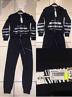 Прогулочный костюм с паетками на змейке с брошью Speedway Батальная серия черный