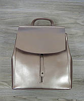 Женский рюкзак перламутрового розового цвета на клапане, фото 1