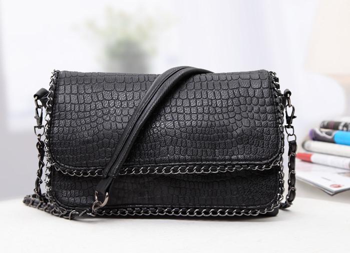 Женская сумка под кожу рептилии