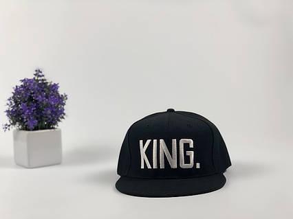 Кепка снэпбек King черная, белый лого, фото 2