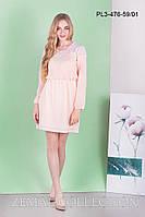 Нежное шифоновое женское платье на поясе-резинке, вставка из гипюра, персиковое