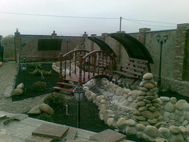 Садовая мебель (мостики, скамейки, навесы)