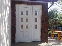 Входные двери с декоративными сэндвич-панелями