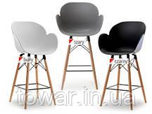Дизайнерское кресло бароне SWAN