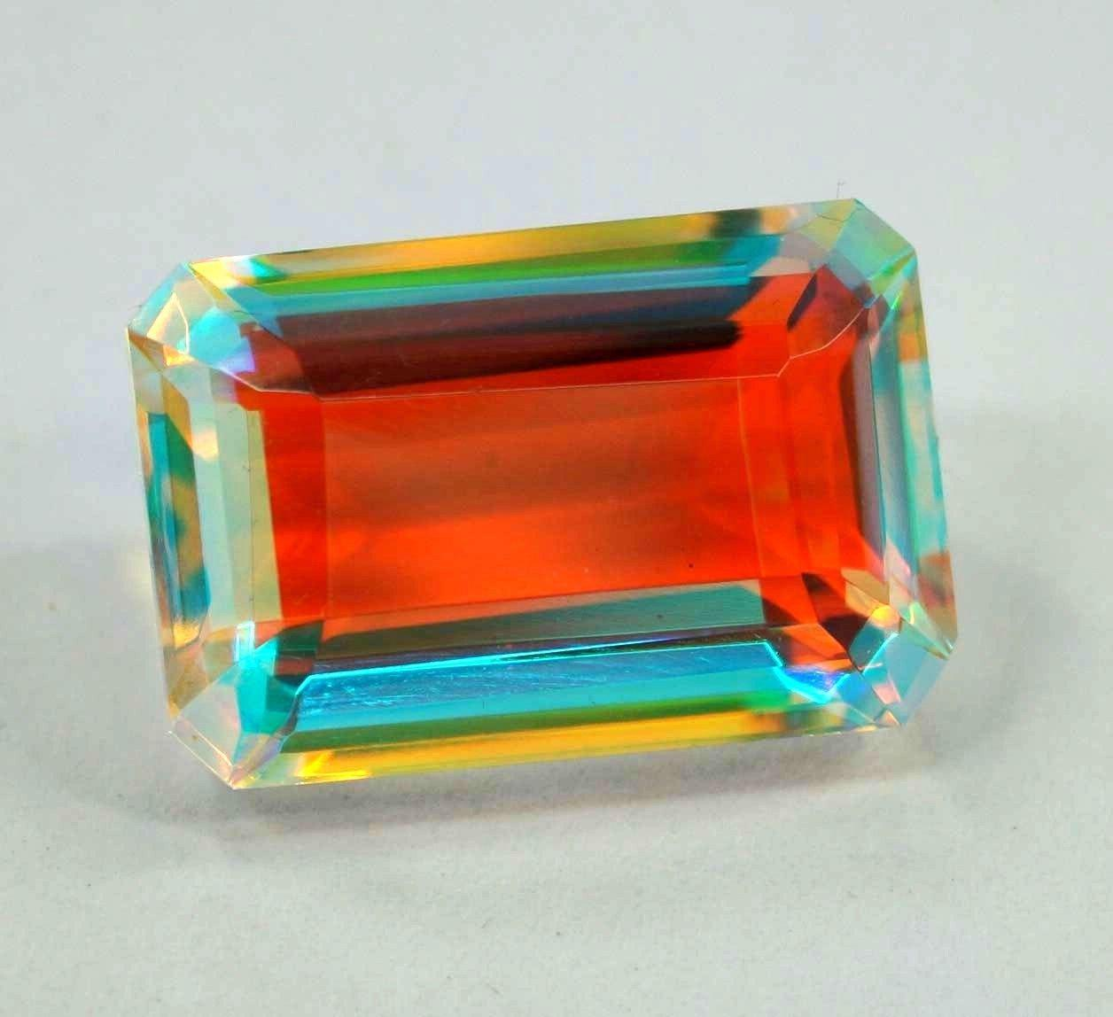 Натуральный радужный кварц 38.85 Ct  Сертификат
