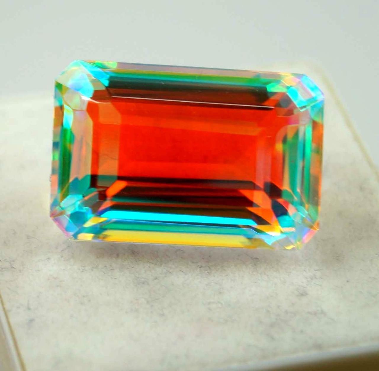 Натуральный радужный кварц 40.30 Ct Сертификат