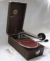 Патефон окопний, політрука, міні у дуже гарному стані, робочий на звичайну патефонну платівку.