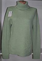 Зимний женский свитер под горло оливкового цвета, фото 1
