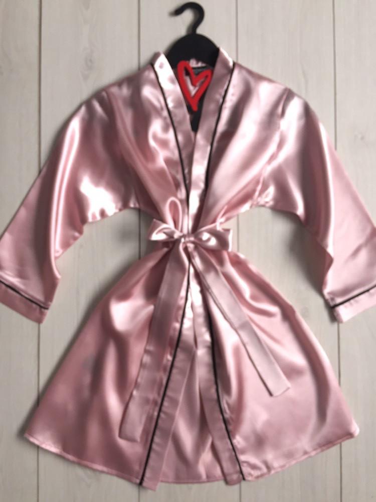 Нежный атласный халат для дома женский под пояс