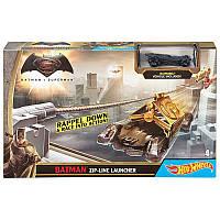Трек Hot Wheels Бэтмен против Супермена Битва героев Hot Wheels Batman V Superman Batman Zip-Line Launcher