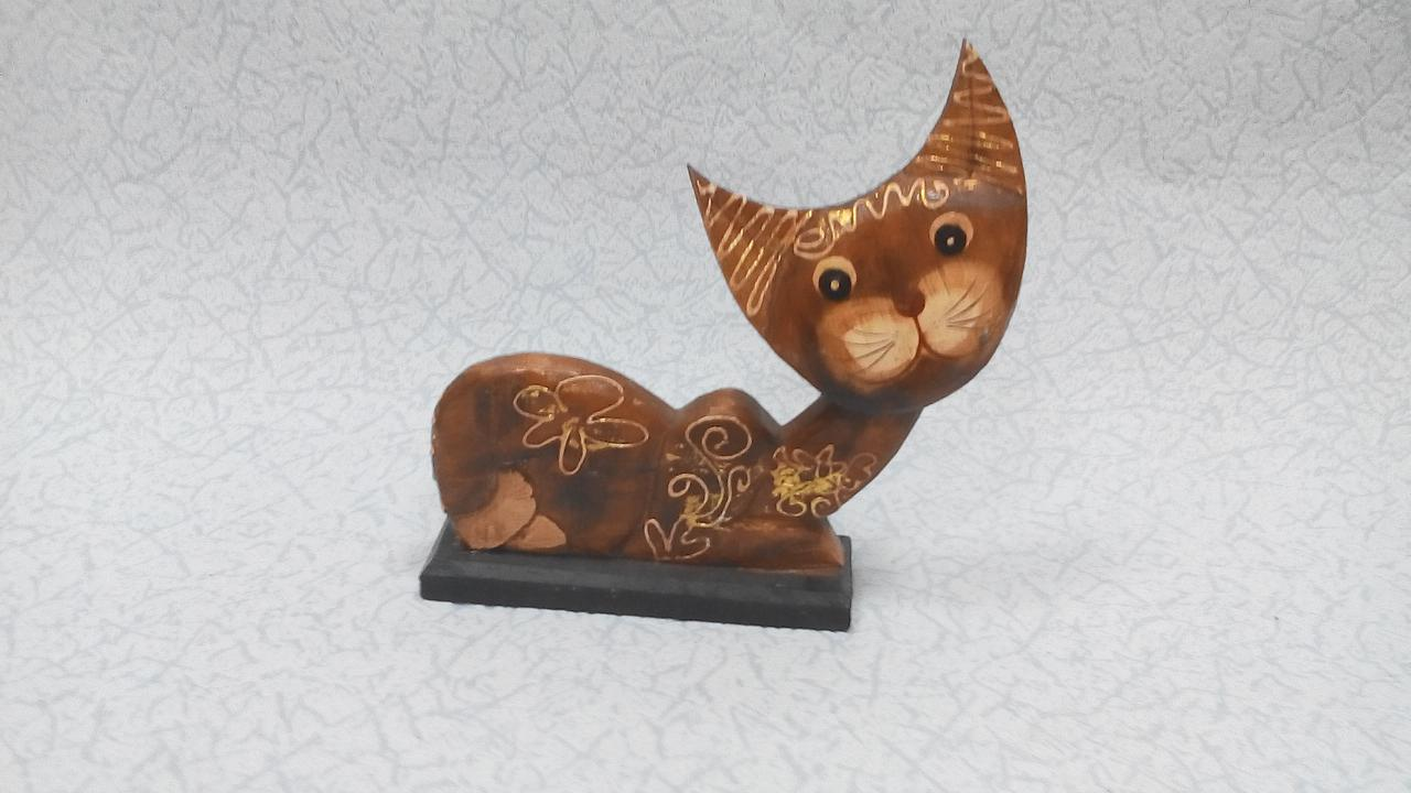 Статуэтка кошка деревянная размер 18*20 см