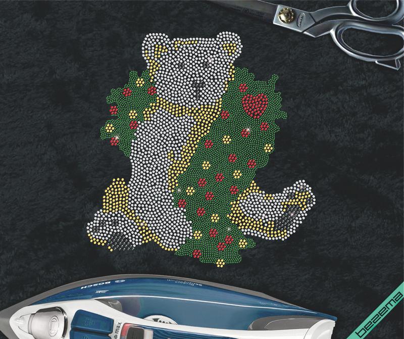 Картинки на одежду Медведь новогодний (Стекло,2мм-зел, 4мм-красн,4мм-бел,4мм-черн.4мм)
