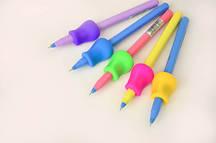 Держатель (тренажер) для ручек и карандашей эргономический для ЛЕВШЕЙ № 705961