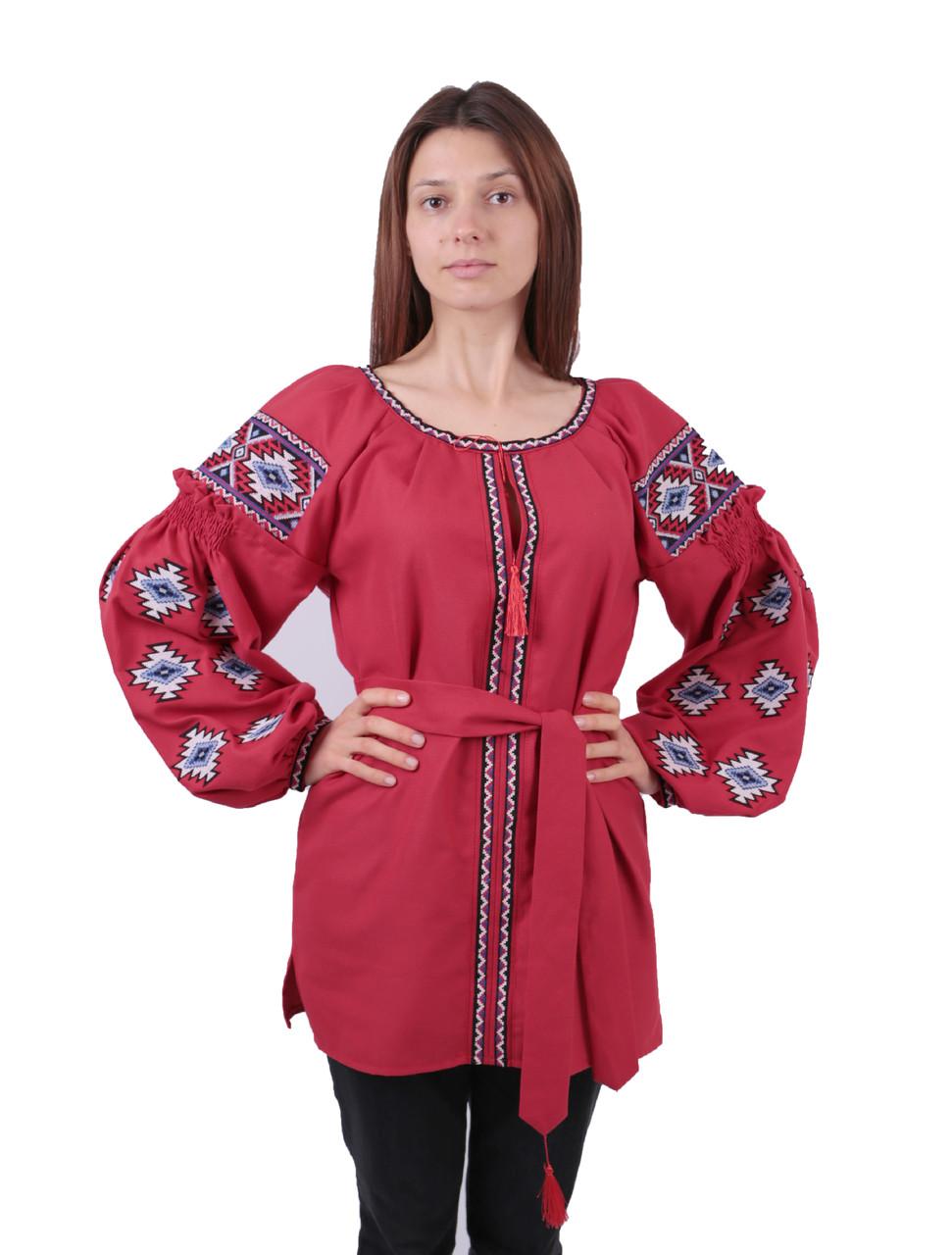 Жіноча вишиванка червоного кольору з машинною вишивкою