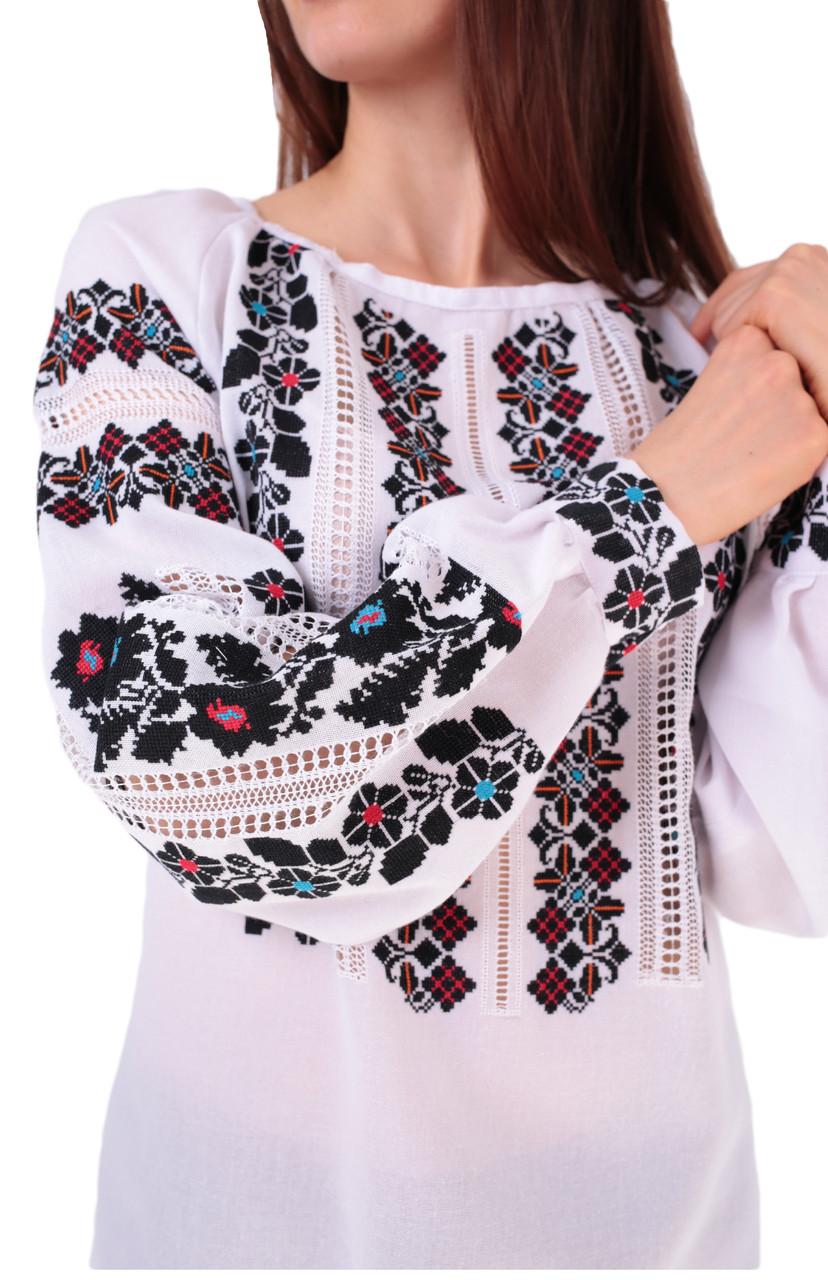 Жіноча вишиванка ручної роботи з квітковим орнаментом  продажа 2a35ac041a581