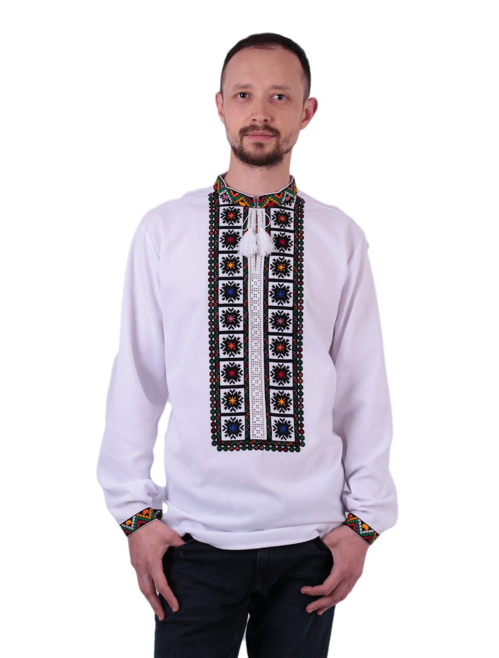 Біла чоловіча вишиванка на довгий рукав з кольоровим орнаментом ручної роботи