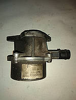 Вакуумний насос PIERBURG 7.22389.04 / 8200046843 Master / Trafic б/у