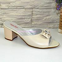 Шлепанцы женские кожаные бежевые на устойчивом каблуке, фото 1