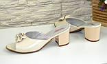 Шлепанцы женские кожаные бежевые на устойчивом каблуке, фото 3