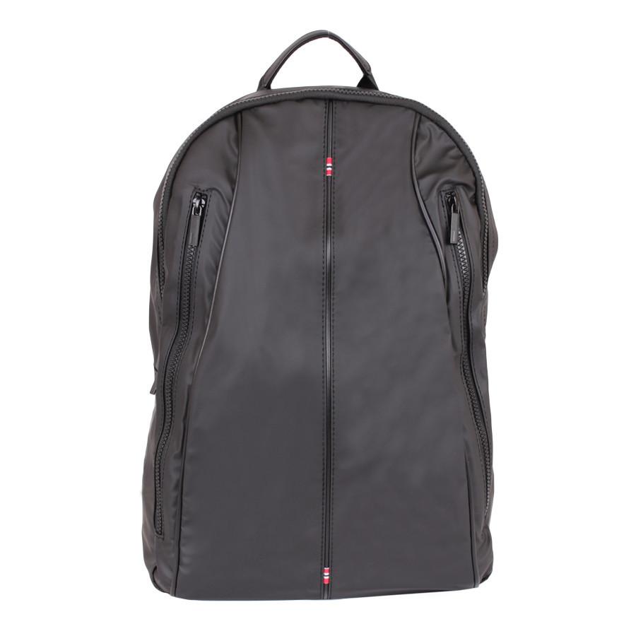 Дорожний мужской рюкзак черного цвета