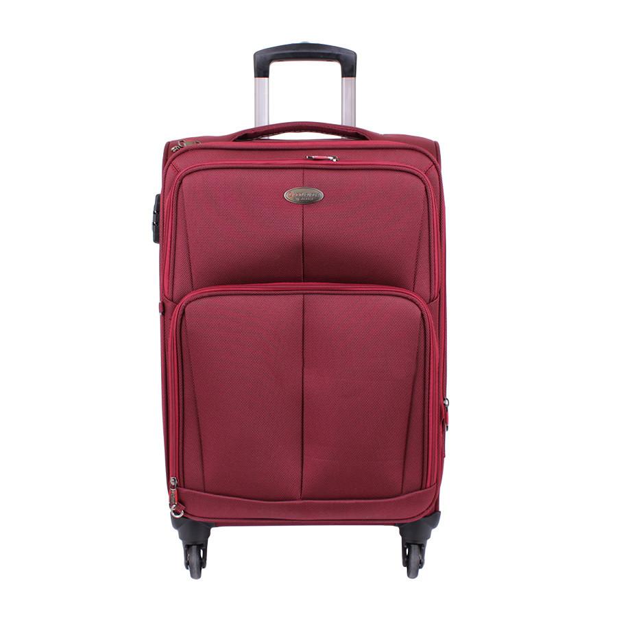 Дорожний бордовый чемодан из пластика