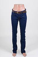 Женские  ровные джинсы  без потертостей