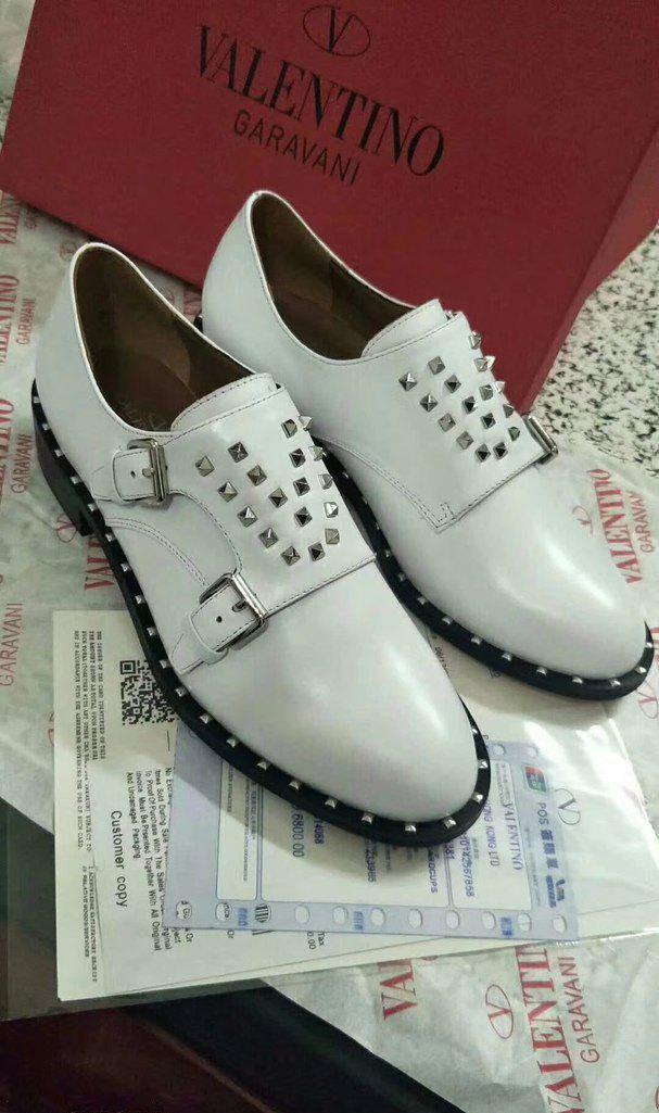 fa555283d432 Valentino белые кожаные ботинки на застежках - Интернет магазин брендовой  обуви