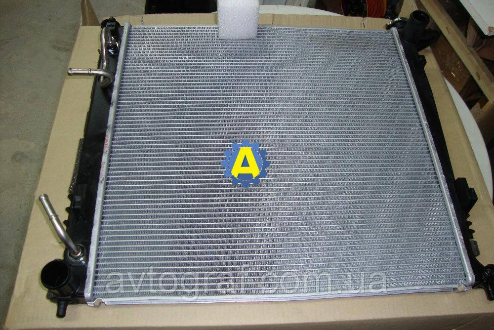 Радиатор охлаждения двигателя(основной) на Kia Sportage 2010-2015