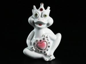 Фарфоровая фигурка Лягушка-царевна