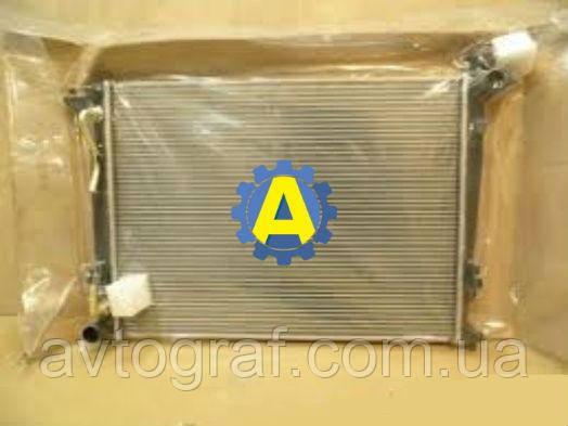 Радиатор охлаждения двигателя (основной) на Киа Соренто  (Kia Sorento) 2010-2014